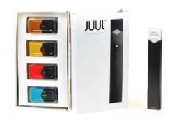 Juul E-Cigarette Starter Kit